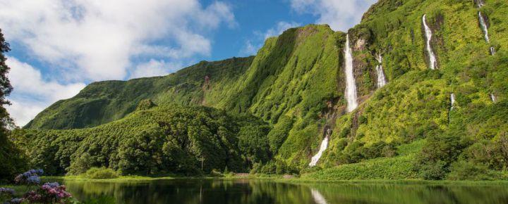 "Paquete  Azores: Terceira ""Isla Violeta a tu aire"""