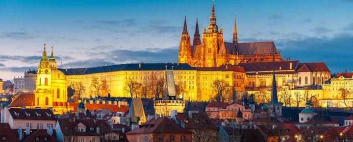 Praga en el Puente de Octubre